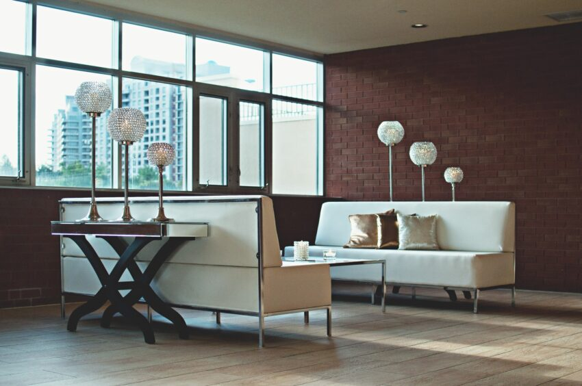 Modernity and luxury undoubtedly go hand in hand. Learn all you can about modern contemporary homes here before you start buying.
